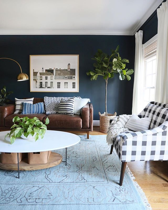 ROOM TOUR: A cozy, collected and deliciously moody living room in the Pacific Northwest #havenlylivingroom