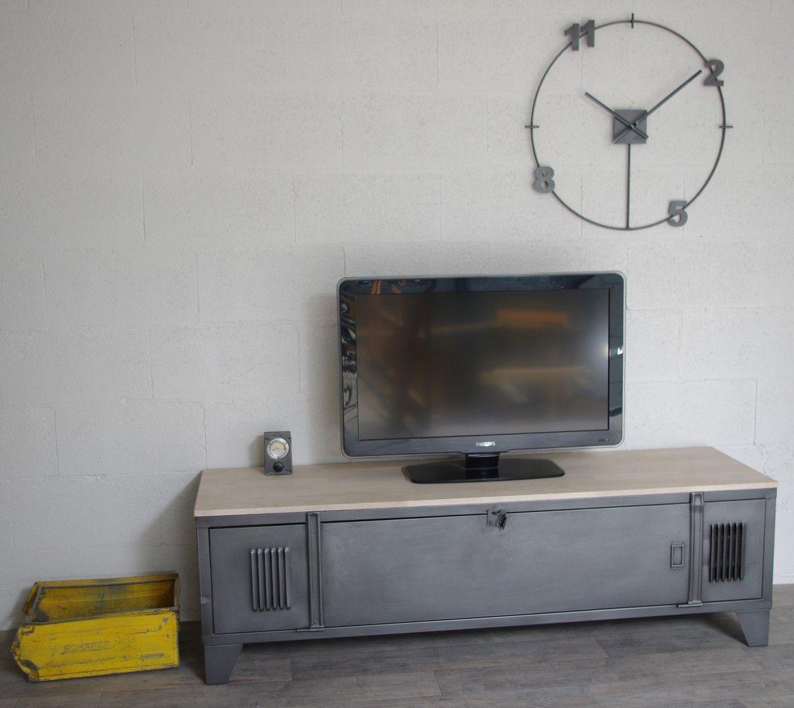 Vestiaire Transformé En Meuble Tv Industriel Avec Ancien