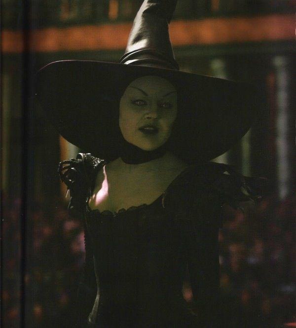 Rule dorothy gale elphaba joe gravel wicked witch
