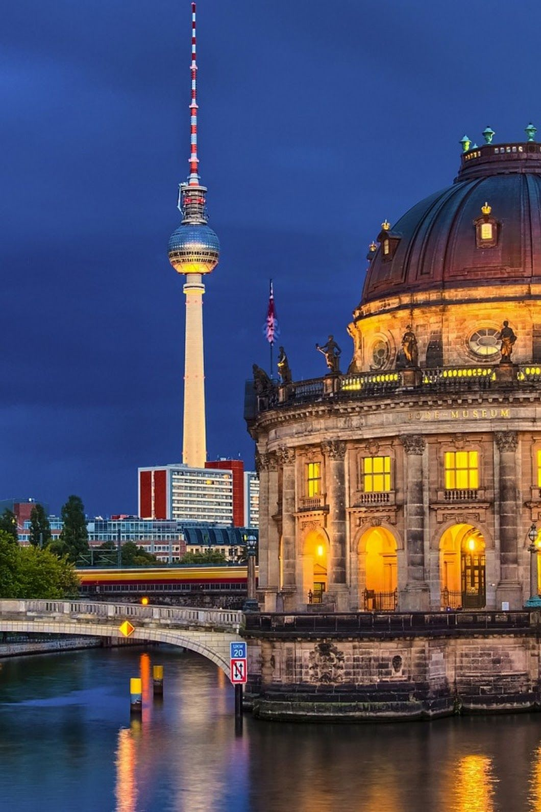 Um 2018 Berlin Germany Berlin Geschichte Berlin Stadt Und Romantischsten Orte