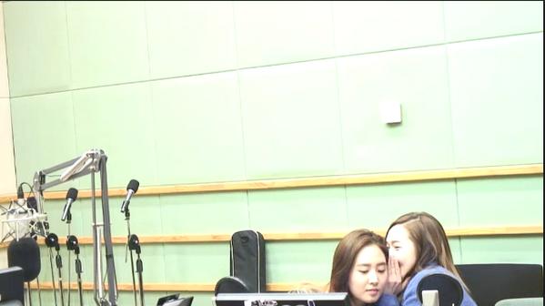 Jessica Yuri SNSD Girls Generation Radio 140312