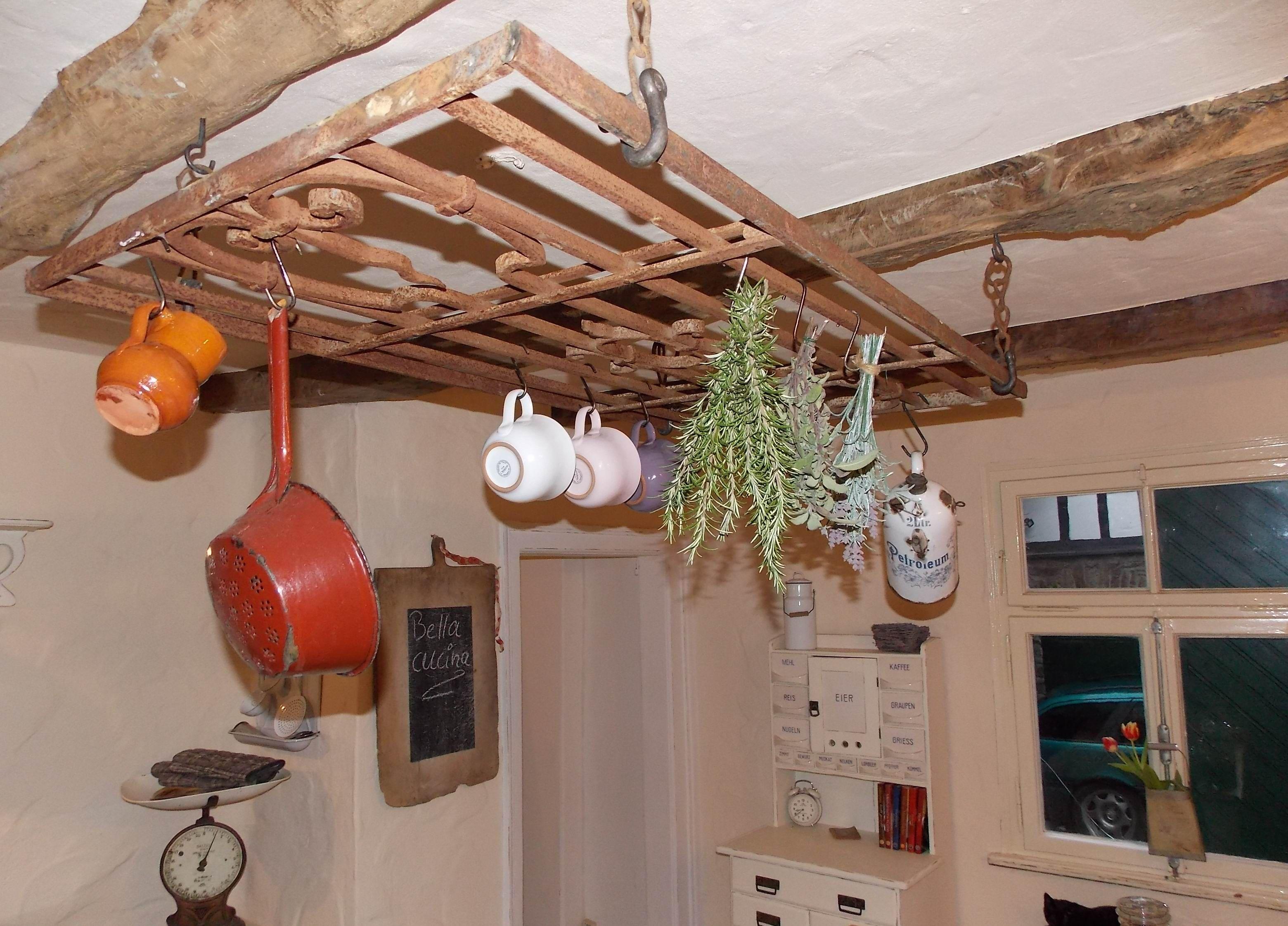 Kräuterkrone / Wurstkrone in unserer shabby chic Landhaus Küche www ...