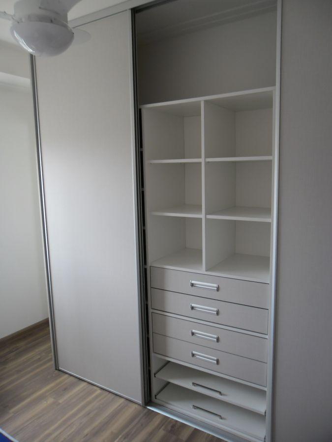 Imagem relacionada Closet pequeno, Closet em l, Closet