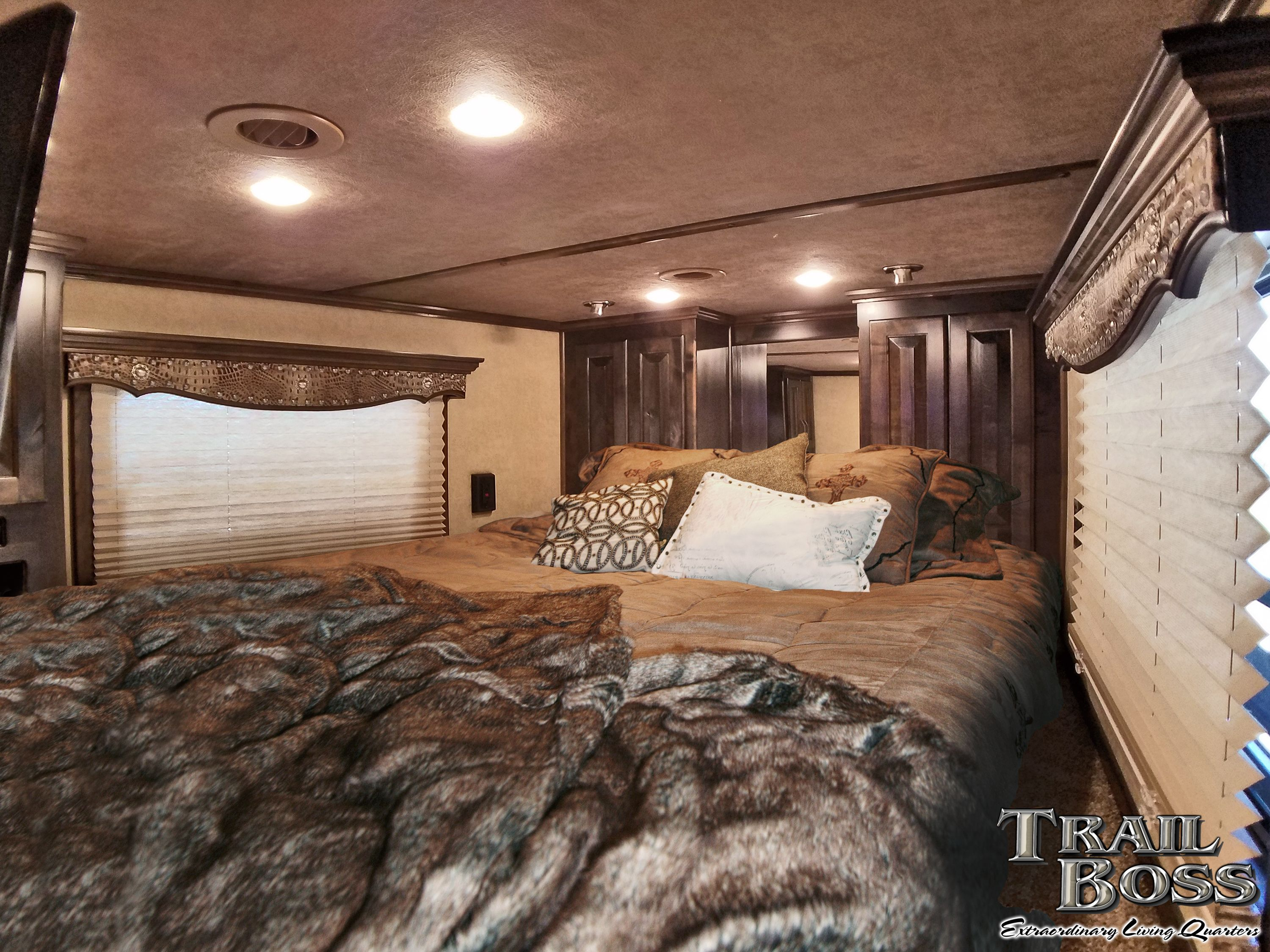 Trail Boss Living Quarters With Deluxe Leather Covered Valances And