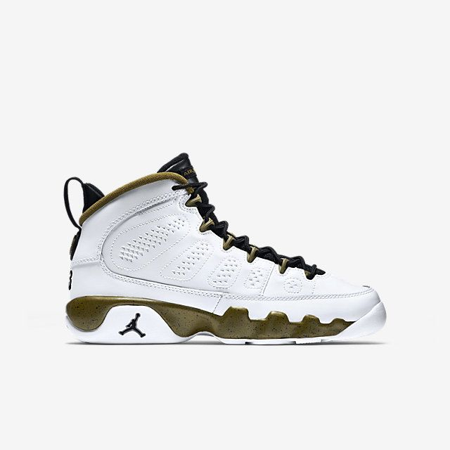 official photos afcaf f16d9 Air Jordan 9 Retro (3.5y-7y) Boys  Shoe. Nike Store
