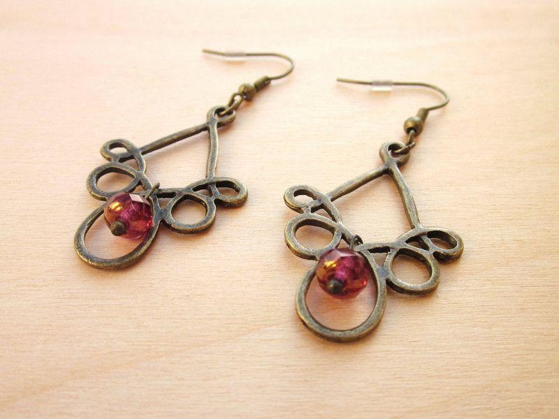 Ohrhänger+mit+Metall-Ornament+von+Mädchenkram+auf+DaWanda.com