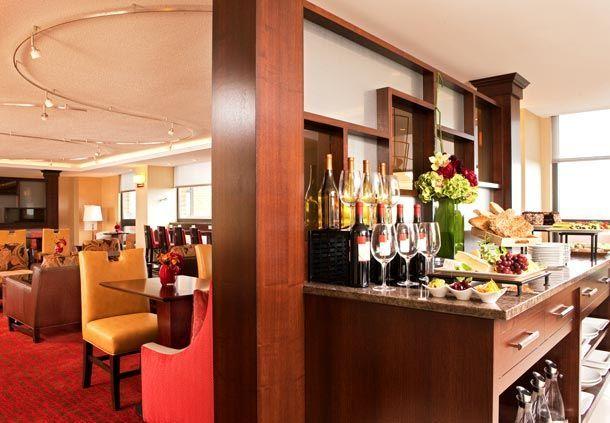 Boston Marriott Burlington In Burlington Liquor Cabinet, Boston, Hotels,  House Bar