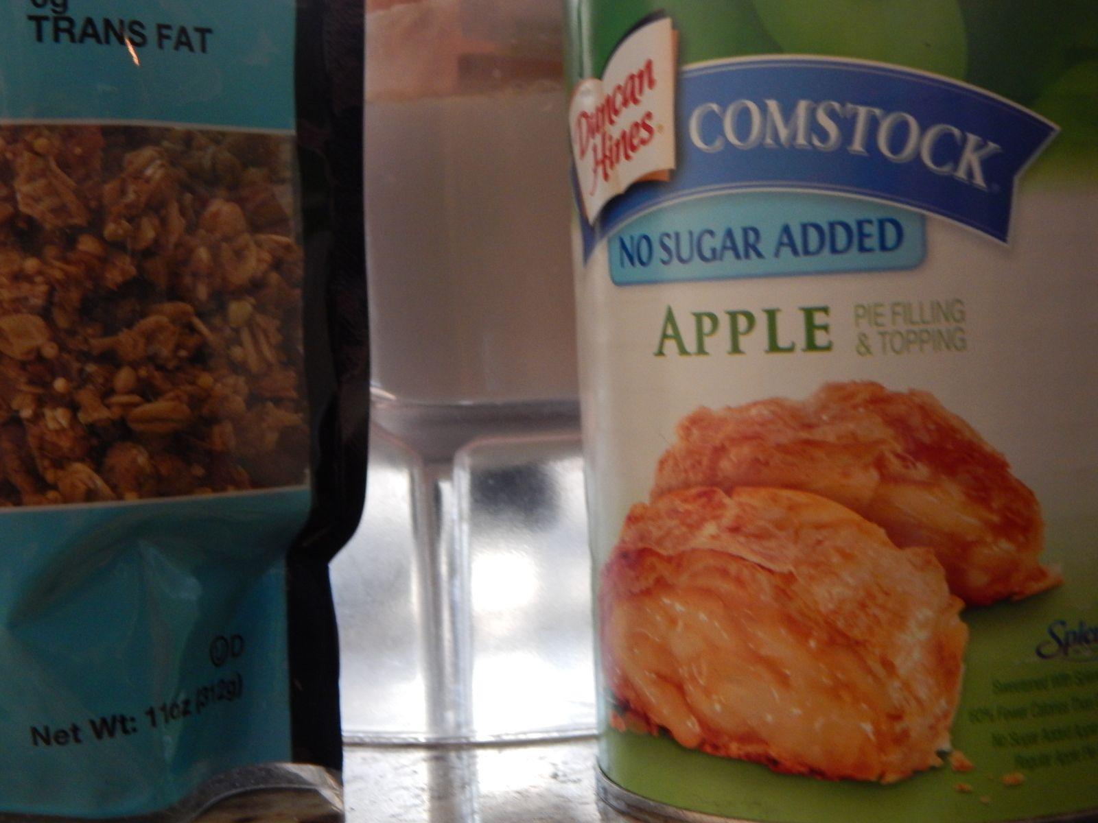 My latest shake recipe - Apple Pie a La Petite Yogi!  So delicious!