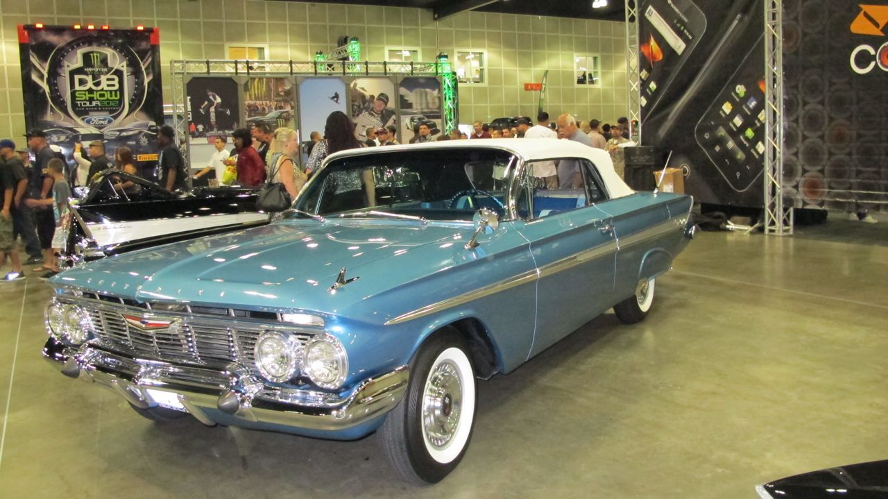 Pimped Out Old School Cars | Photos / Dub Car Show LA Style Old ...