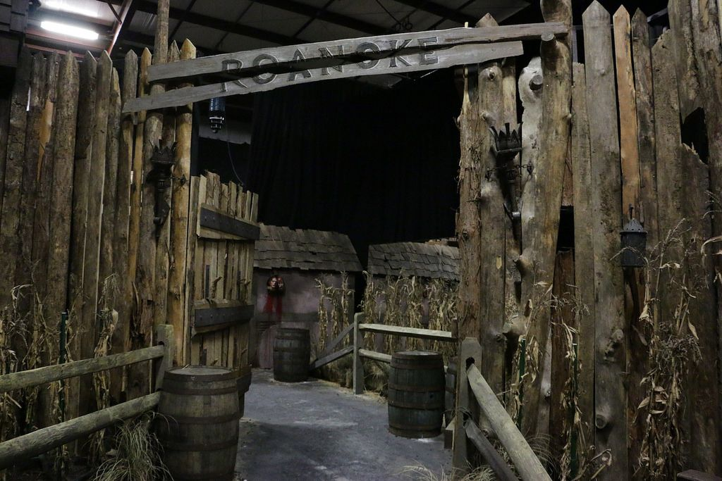 Roanoke Cannibal Colony haunted house at Halloween Horror