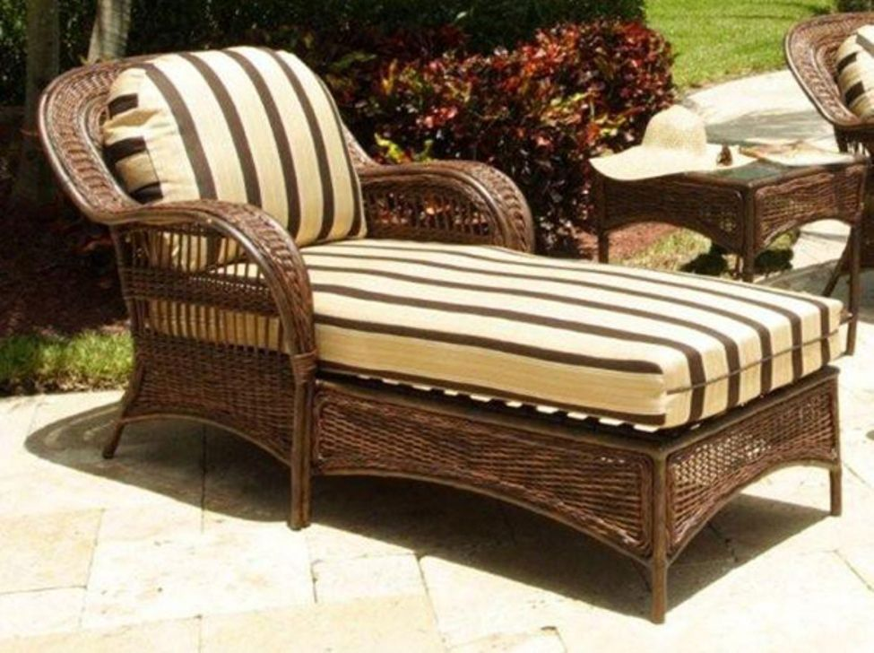Image of outdoor chaise lounge chair with ottoman with