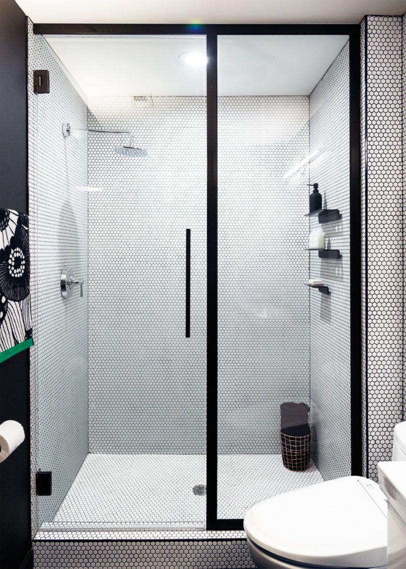 Basic Bathroom Gets a Graphic, Modern Renovation | Pinterest ...