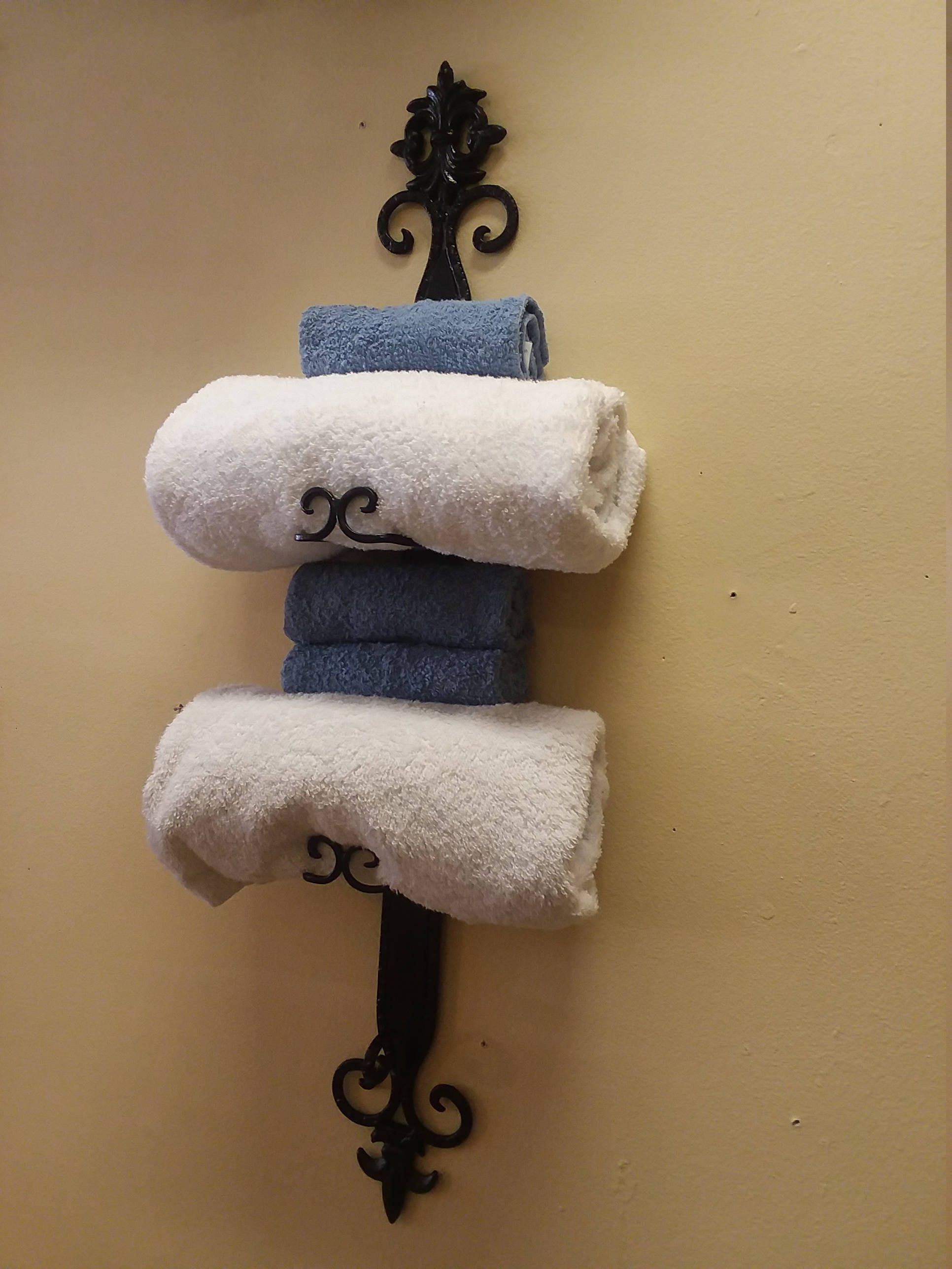 Vintage Gothic Style Wrought Iron Wall Rack Hang Towels Sheets