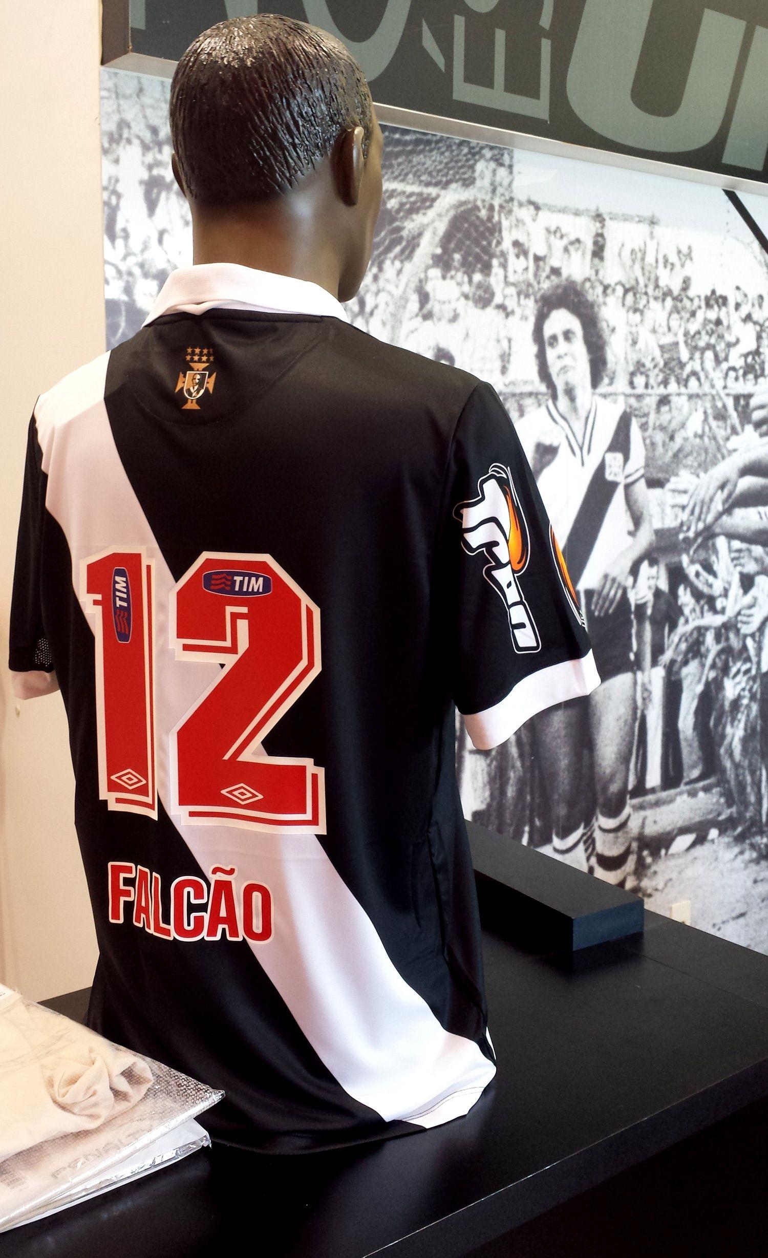 Vasco volta a se reunir com Viton 44 e vê assinatura com a Caixa ...