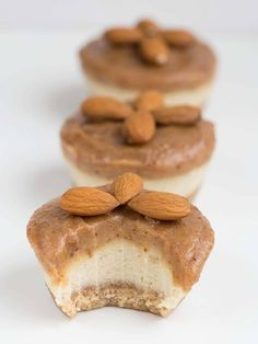 Photo of Raw food cheesecake almond muffins with date cream