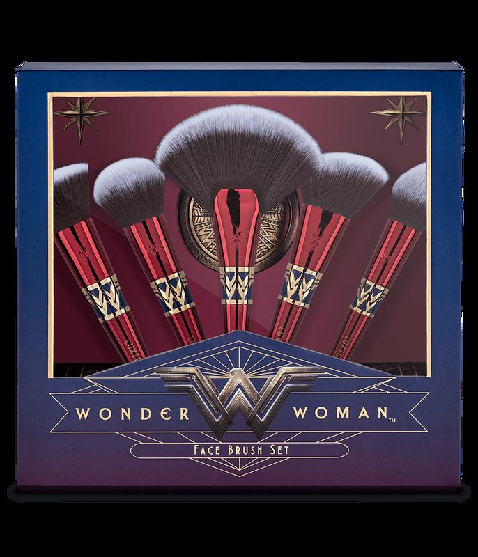 Wonder Woman Face Brush Set Wonder woman makeup, Face