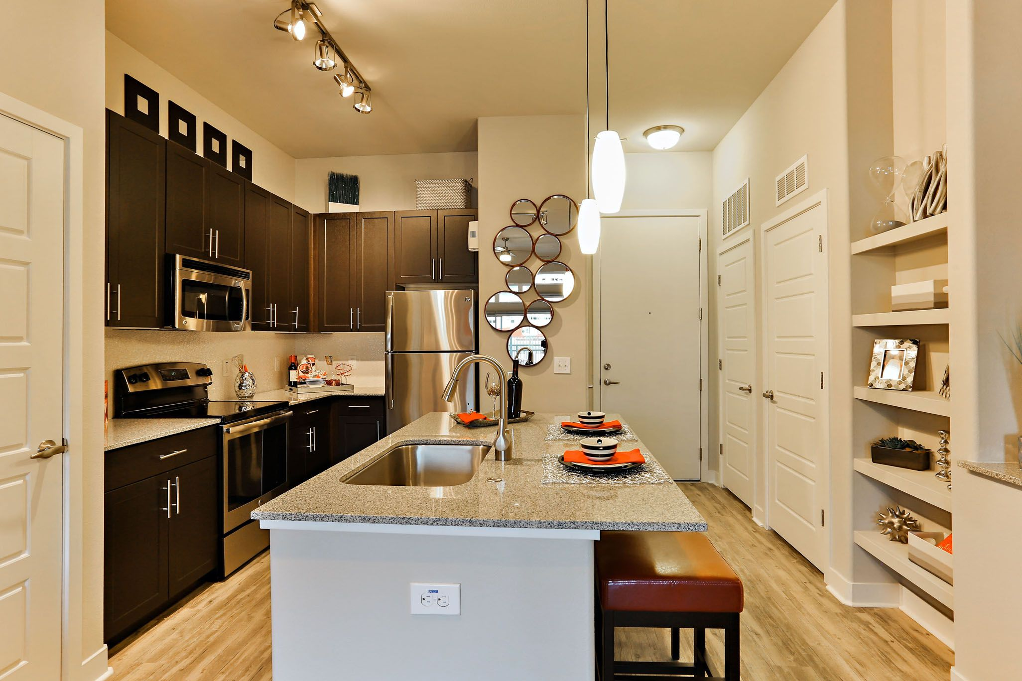 The Hyve Tempe Luxury Apartments Are Where Local Meets Lifestyle.