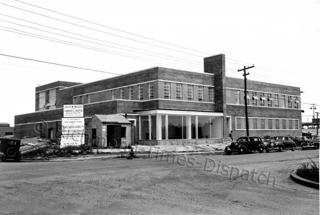 curles neck dairy under construction on roseneath 1947