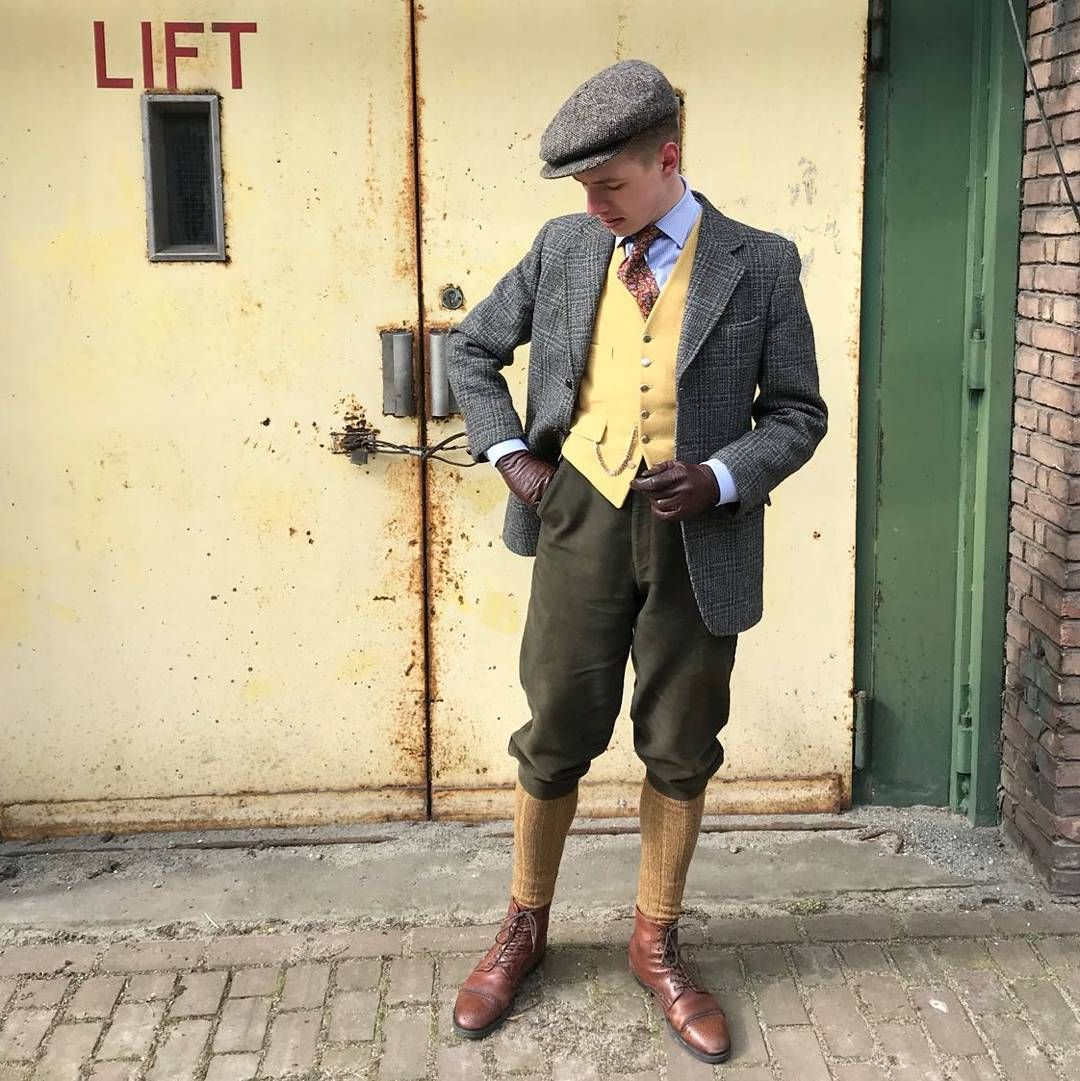 Feeling A Little Country Today Featuring Moleskin Breeches British Made Hunting Waistcoat And A 1950s Dunn Co Vintage Suits Dapper Men Harris Tweed Jacket
