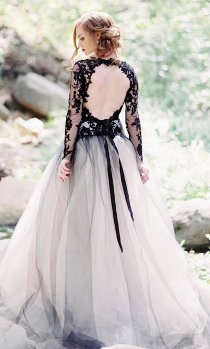Seductive and edgy black and blue california wedding for Blue gothic wedding dresses