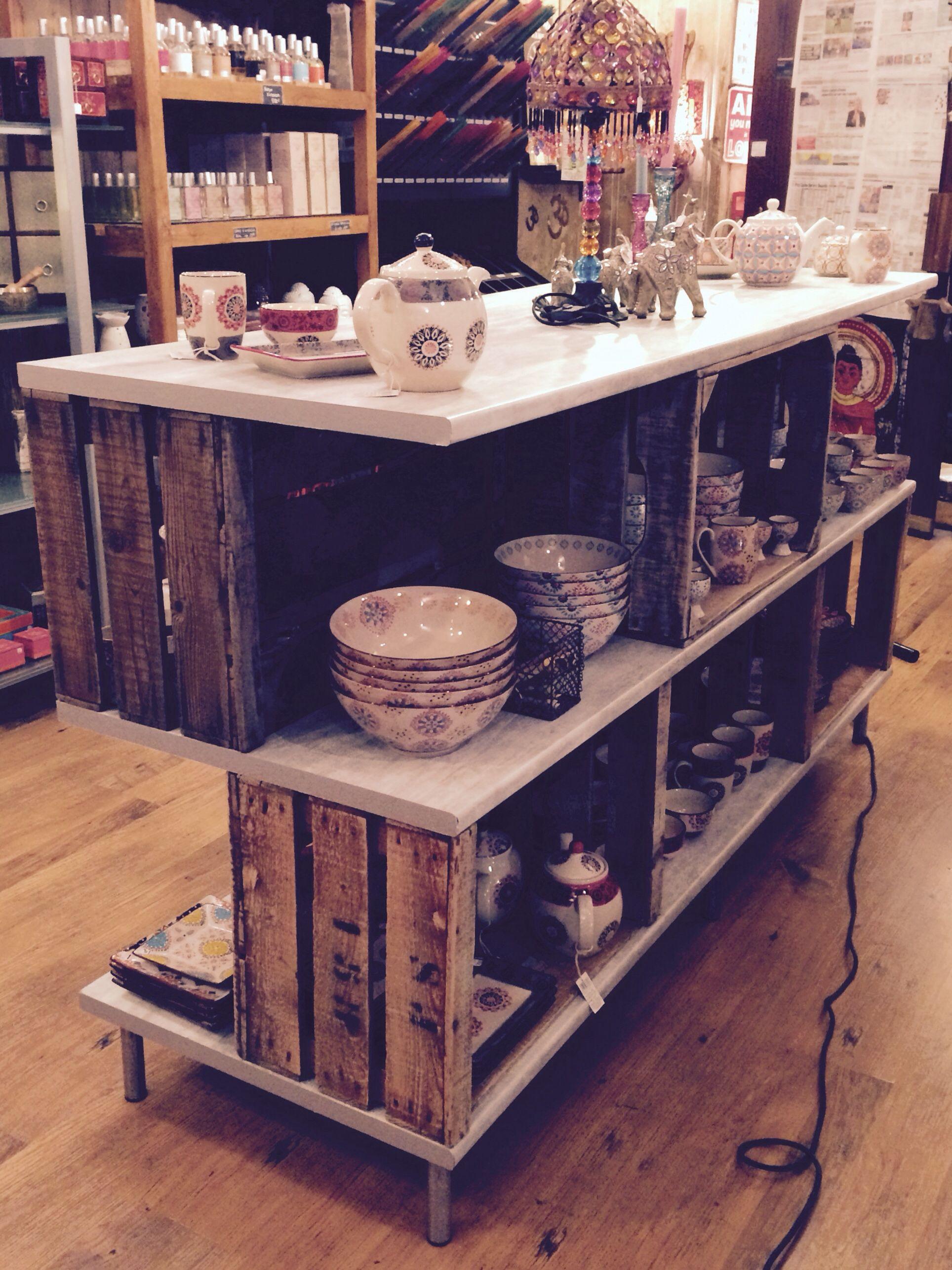 presentoir caisses de pommes caisse mini caisse. Black Bedroom Furniture Sets. Home Design Ideas