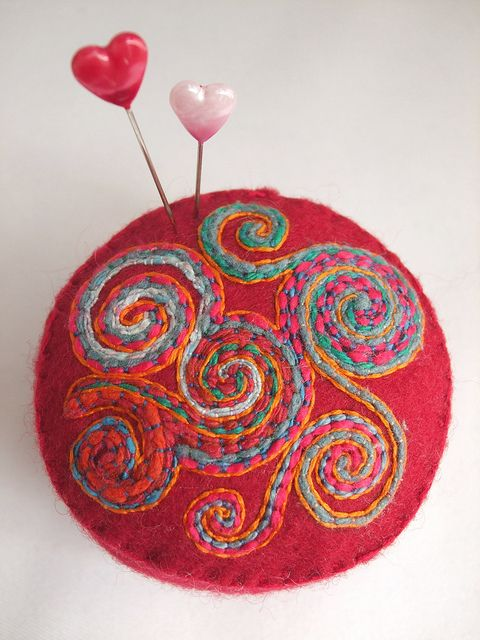 pincushion - swirly!