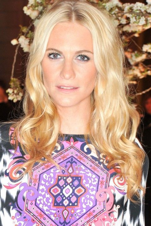 The Hair 100: Top Celebrity Hairstyles | Top celebrities, Curly ...