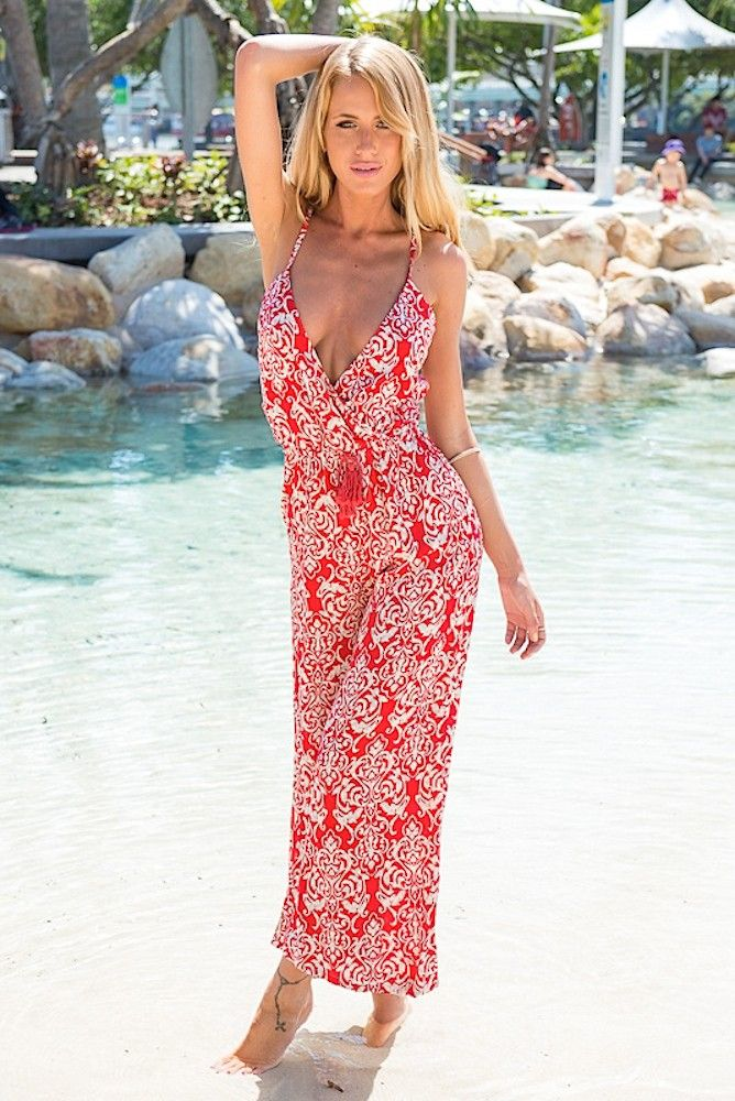 Red and White Paisley Print Maxi Dress | www.ustrendy.com