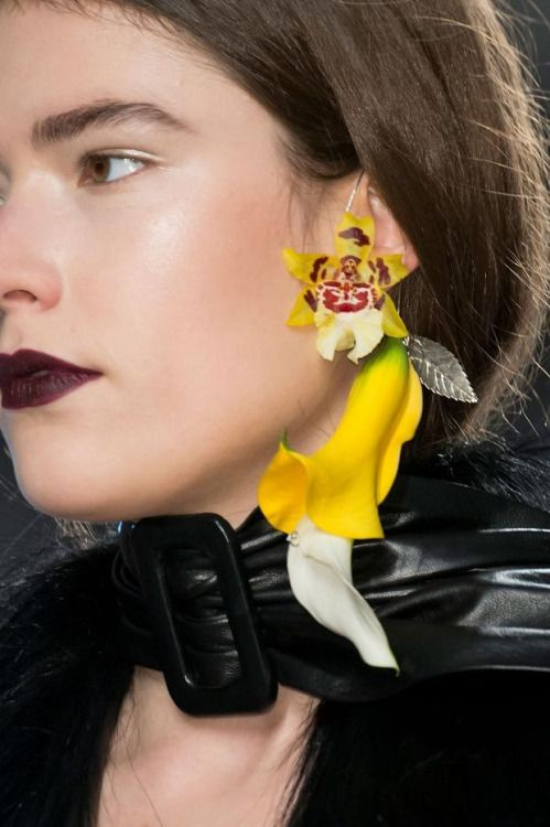 Not Ordinary Fashion Orchid Earring Rodarte