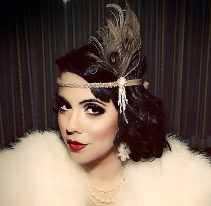 Champagne Pea Feather Pearls 1920s Fler Headband Hair Accessory Great Gatsby Costume Headpiece Ivory White