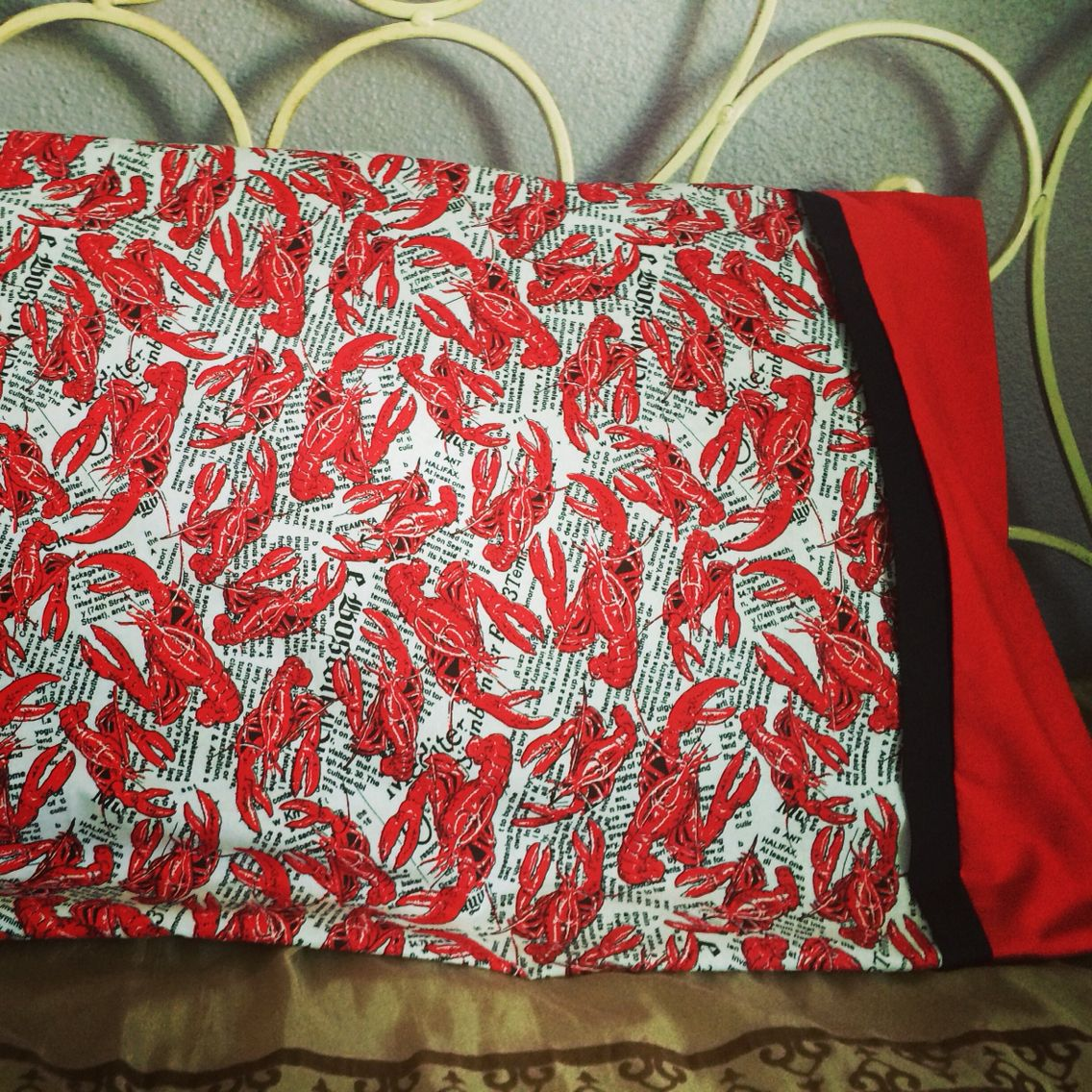 Lobster Tube Pillow Case I Made This For My 3 Year Old Whos Really Into Lobsters I Found Some Great How To Videos On Youtube