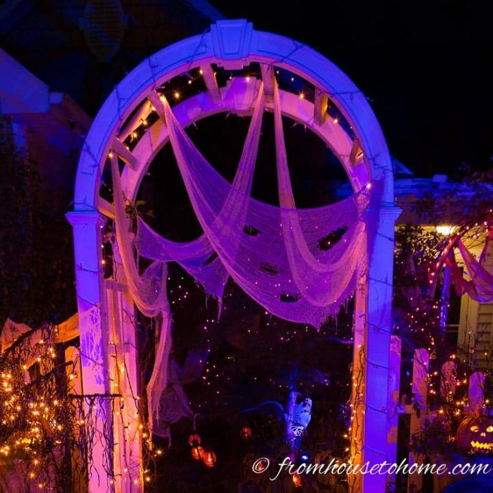 Indoor Halloween Lighting Effects And Ideas That Will Make