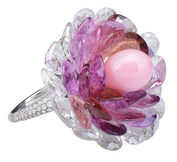 Morelle Davidson collection, flower briolettes ring