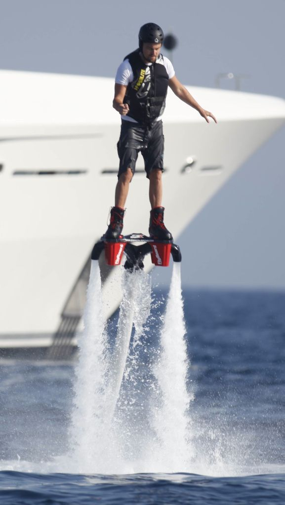 Extreme Water Jetpack Http Just4extreme Com Leonardo Dicaprio Water Skiing