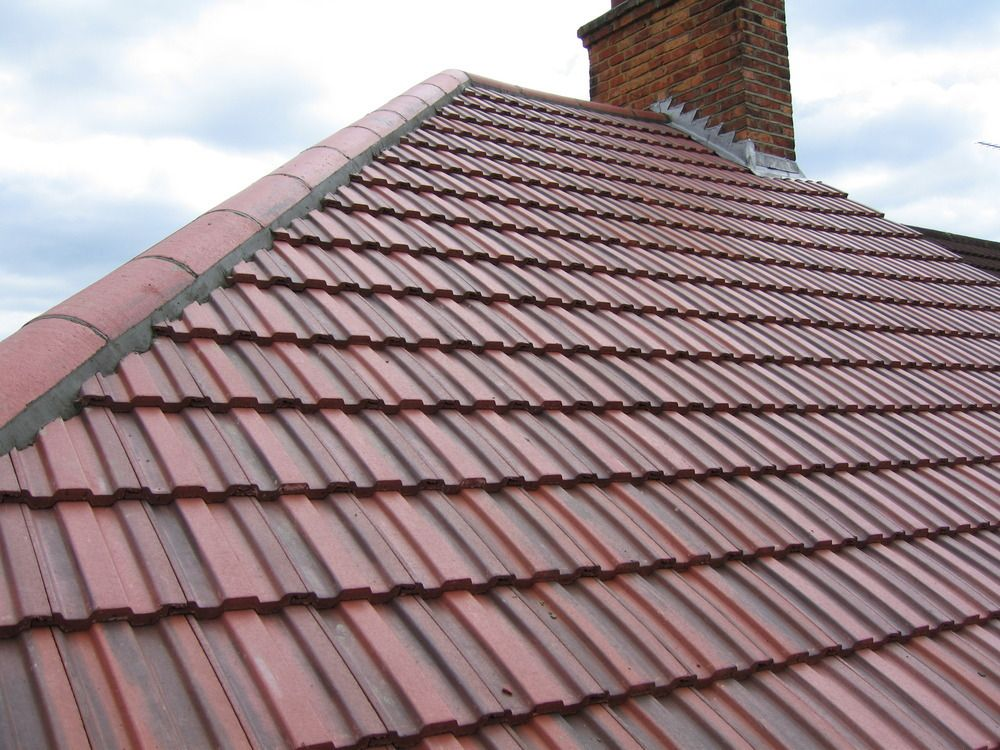 Residential Property Featuring Redland 49 Roof Tiles Rustic Red Colour In 2020 Roof Tiles Redland Roof Tiles Redland