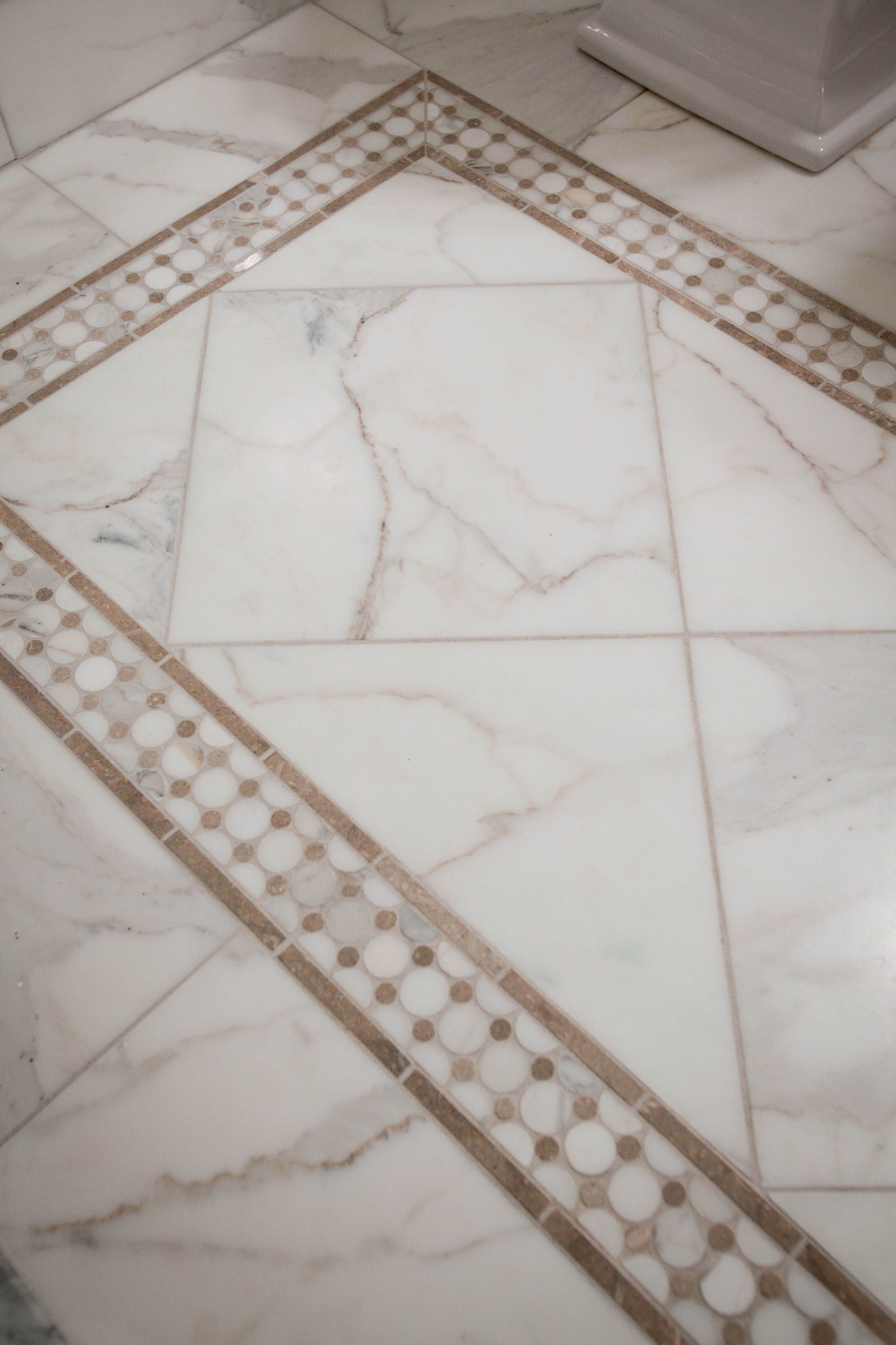 45+ Design Bathroom Flooring Ideas Vinyl Tiles