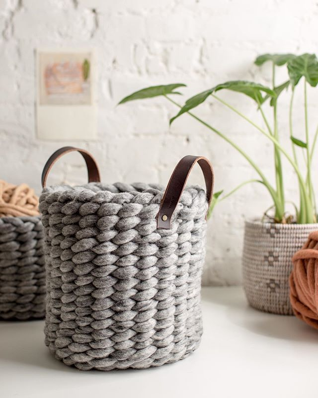 DIY Finger Knit Rope Trivet Tutorial  Flax  Twine