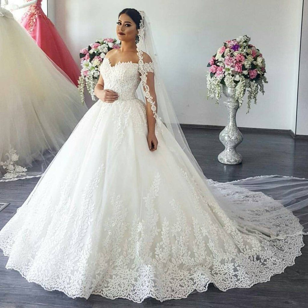 Princess Style Wedding Gowns: 15+ Resplendent Wedding Dresses Boho Chic Ideas In 2019