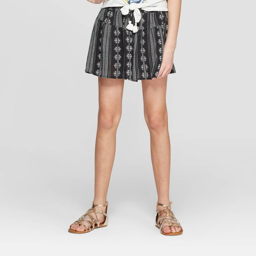 Girls tassle shorts art class black xl girls tassle