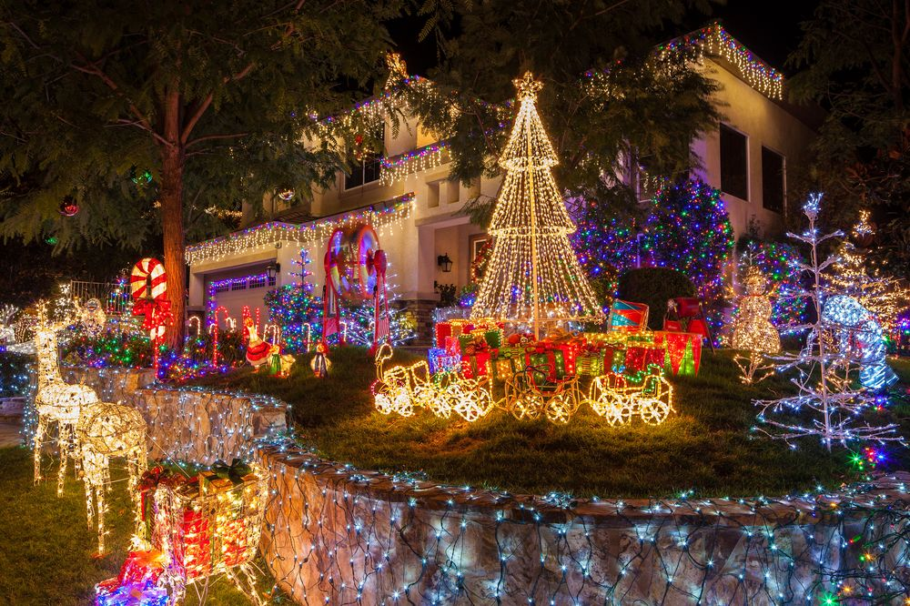 Of The Best Las Vegas Neighborhood Christmas Holiday Light - Best places to vacation at christmas time