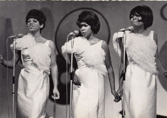 The Supremes L-R Florence Ballard, Mary Wilson and Diana ...