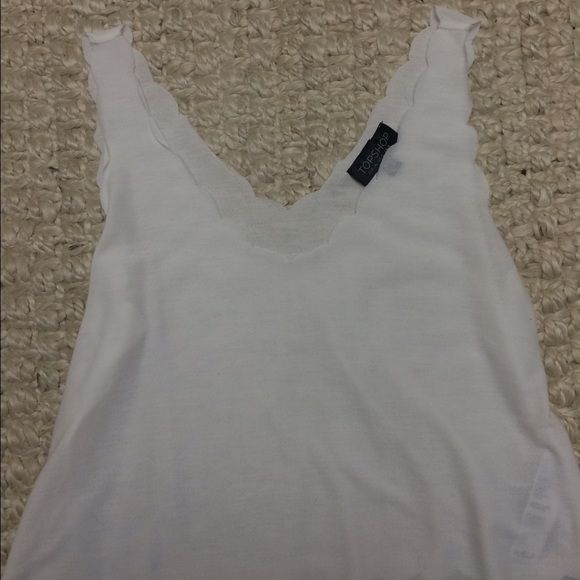 Cropped Top Shop tank Super cute cropped top with scalloped detail. Only warn once. Topshop Tops Crop Tops