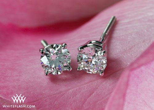 Selective D Solitaire 2 Diamond White Earrings No Reserve