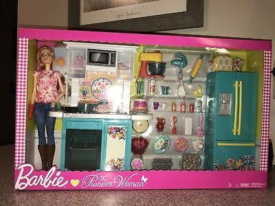 Barbie Doll The Pioneer Woman Kitchen Set With Chef Ree Drummond Bnib Barbie Sets Baby Barbie Barbie Kitchen