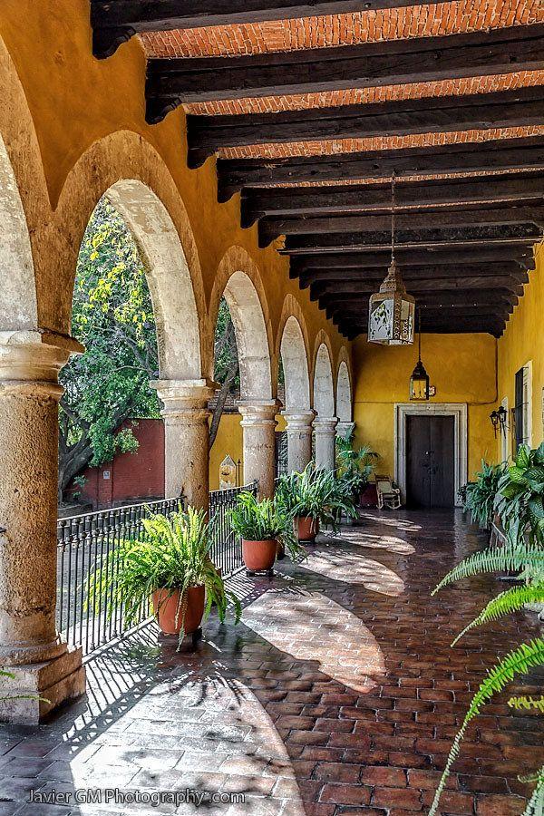 Pin by martha soto on exterior design elements in 2019 for Decoracion de casas tipo hacienda