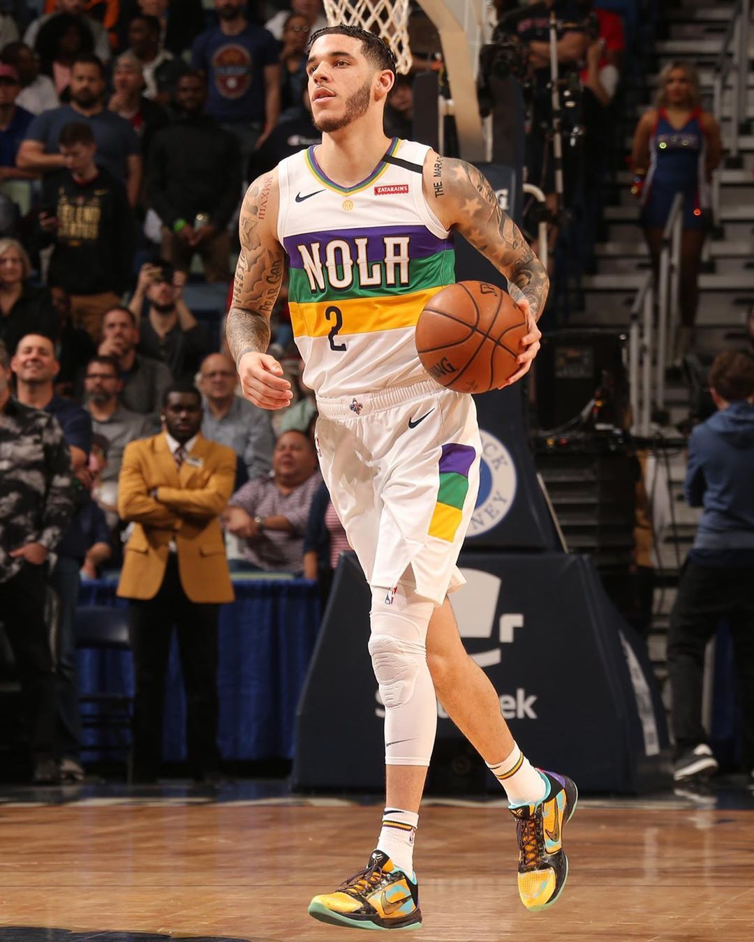 Lonzo Ball On Instagram Yo Feet Could Have No Bones In Em You Still Can T Fit My Shoes Durkioworld In 2020 Lonzo Ball Kentucky Athletics Kicks