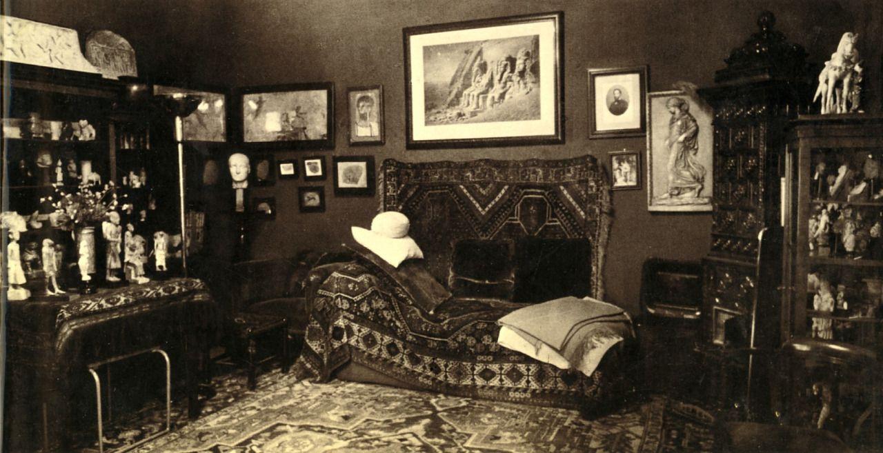 I D Love To Turn You On Sigmund Freud S Psychoanalytic Office In Vienna Freud Museum London Sigmund Freud Freud