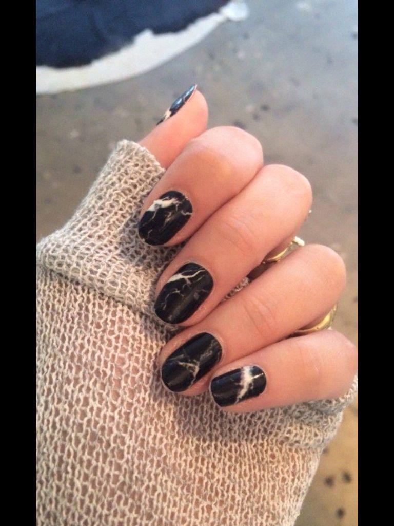 Pin von Claire Midon auf Nails | Pinterest | Mund, Nagelschere und ...