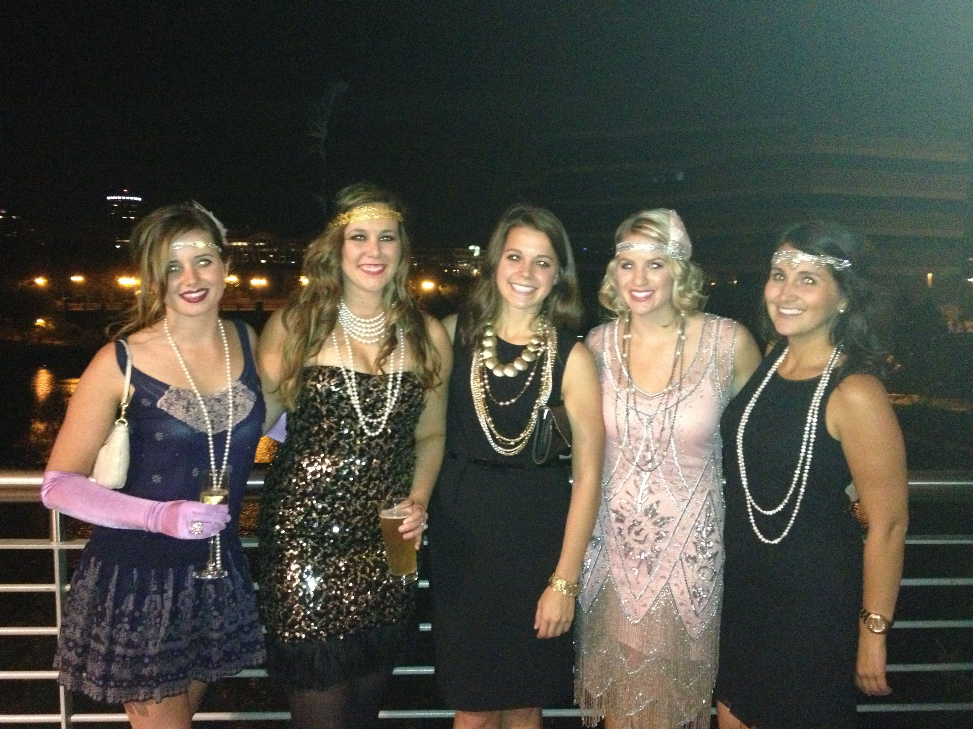 s style party turning style style 1920 s great gatsby themed party