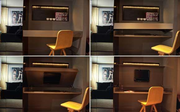 Nesta imagem, é possível perceber que o home office se transforma em um móvel com TV